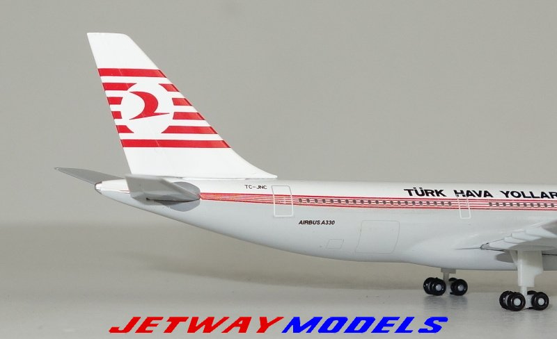 Herpa Wings 1:500 airbus a330-200 turkishairlines TC-jnc 529013 modellairport 500